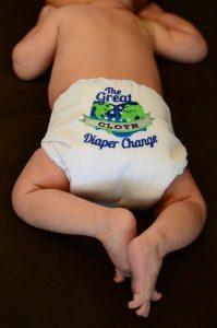 pieluszki w ramach wyprawki dla noworodka