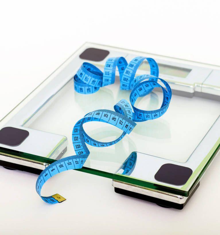 Ile kg traci się po porodzie? Ile kg zostaje po ciąży?