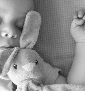 Nasze dziecko ma 11 miesięcy i nie umie spać!