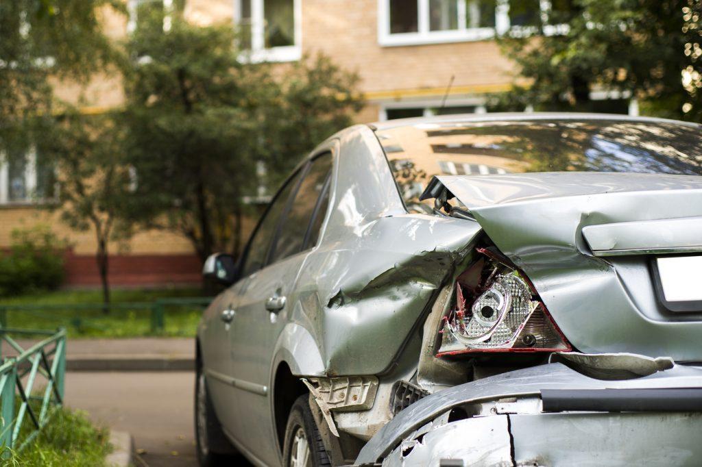 Twój samochód uległ zniszczeniu przez nieznanego sprawcę? Sprawdź, co gwarantuje Ci autocasco