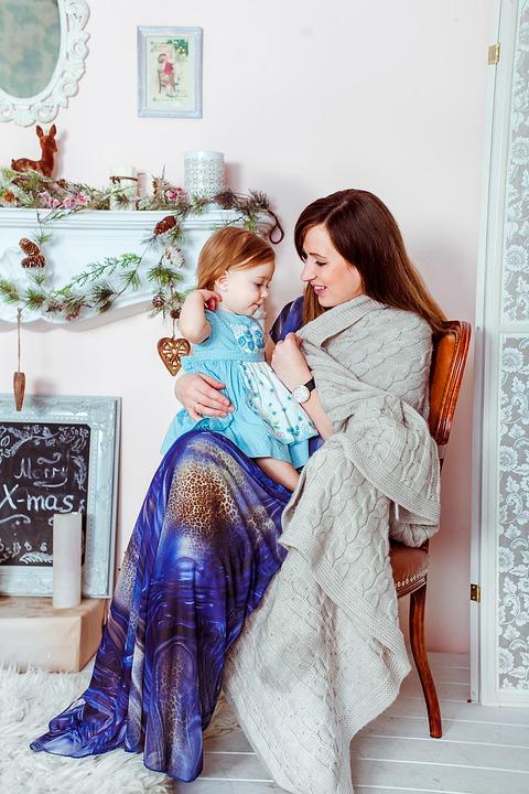 Wyjeżdżasz z rodziną na święta? Zabezpiecz dom przez złodziejami