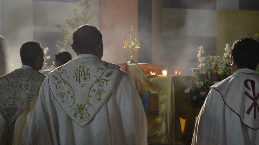 Nie wszyscy księża tacy źli, jak ich malują
