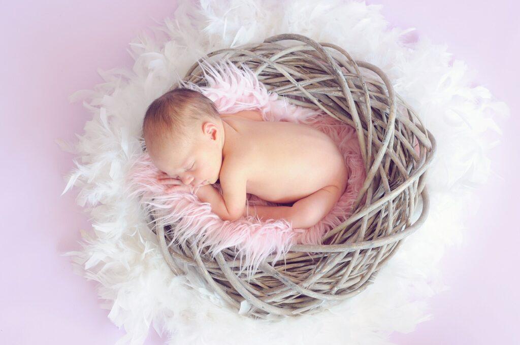 Prezent dla córki za urodzenie wnuka
