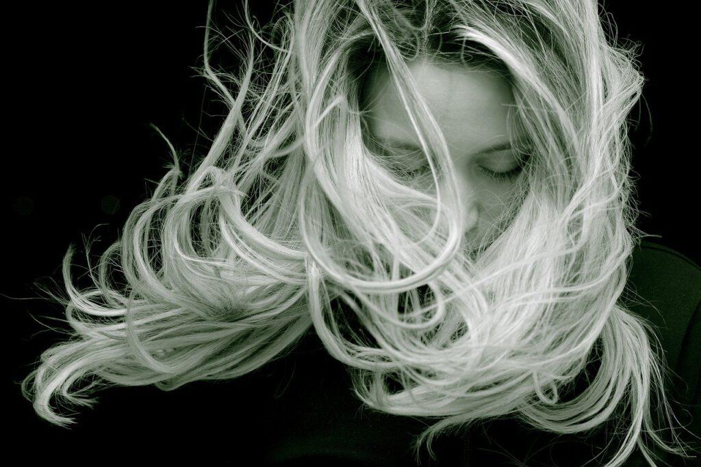 Łupież pstry a bielactwo - sprawdź jak rozpoznać
