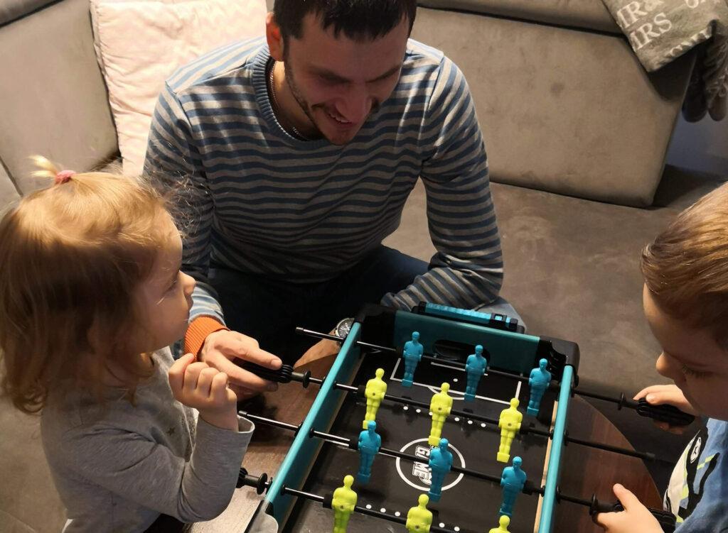 Jak bawię się z dziećmi, gdy umieram ze zmęczenia?