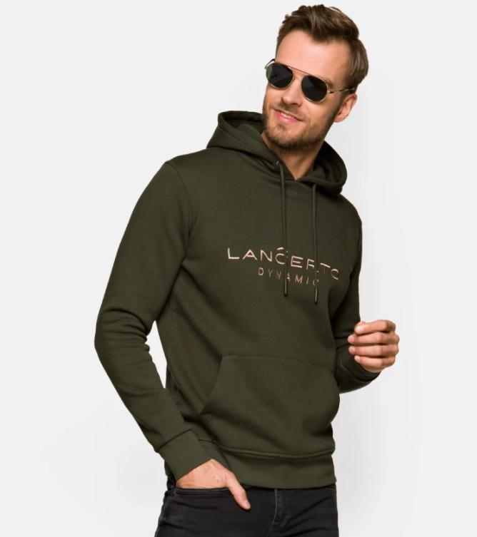 Bluzy męskie – na co zwrócić uwagę podczas zakupów?